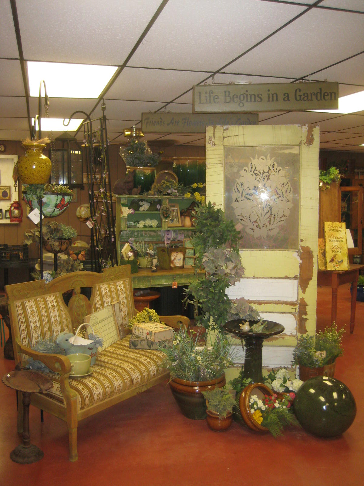Vintage Gift Shop Items