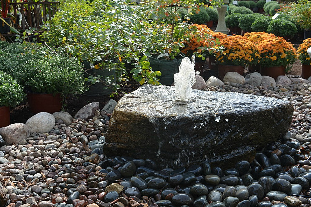 Landscaping design quote installation by danchris nursery for Recirculating water feature
